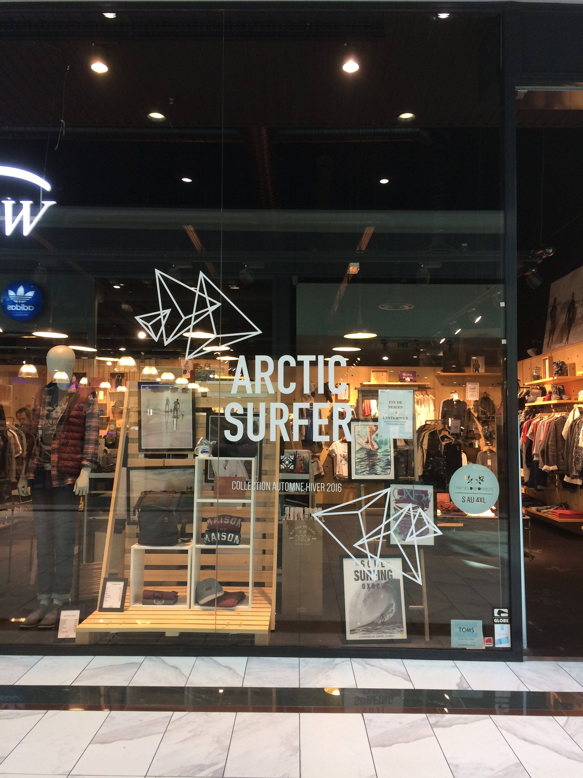 Arctic surfer Sticker vitrine